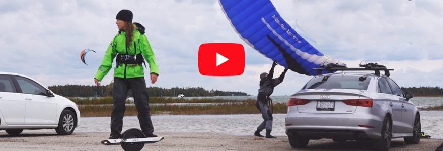 Kitesurfer proberen de onewheel