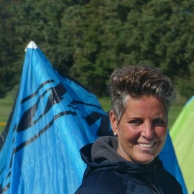De onbekende kitesurfer Marion van Os