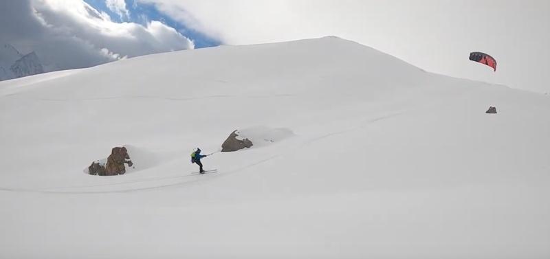 Onverwachte snowkite sessie