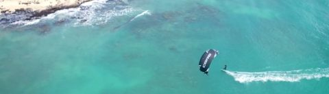 Kitesurfen met haaien
